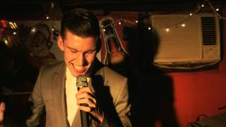 escuchar música Willy Moon