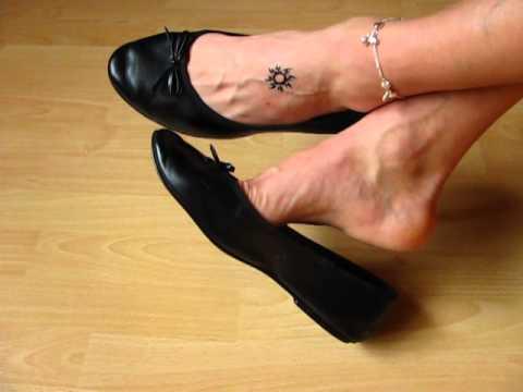 well worn ballet flats - shoepplay