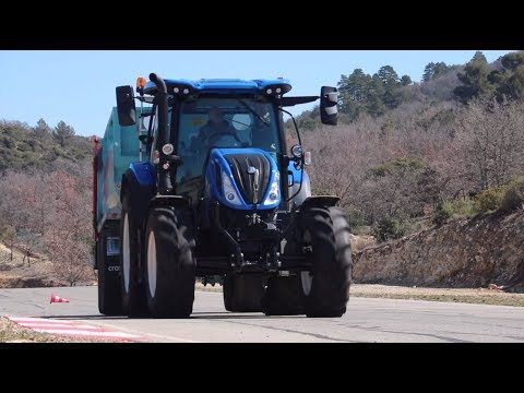 Les tracteurs T6 Dynamic Command de New Holland en action