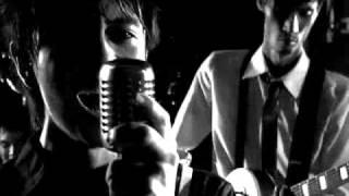 Chicosci - Seven Black Roses