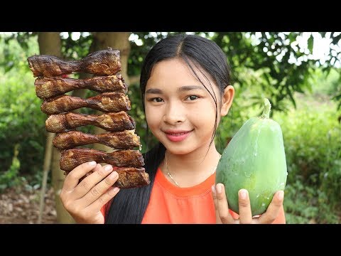 Awesome Cooking Papaya Sour Soup W/ Dry Fish Recipe – Cook Vegetable Recipes – Village Food Factory