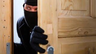 Грабители уговорили 6-летнюю девочку пустить их в дом, но зайдя, они замерли в ужасе!