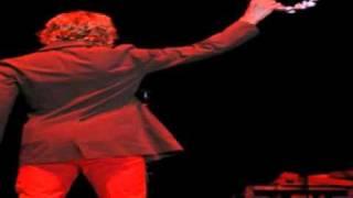 Beck   Black Tambourine (2005 06 08   Amsterdam).mpg