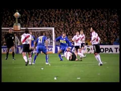 Quizás, el más recordado por los hinchas fue el disputado en 2004 por las semifinales