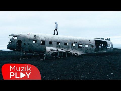 Bulut Atlası - Kaybettiğim Düşlerim (Official Lyric Video) Sözleri