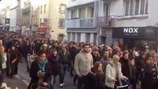 preview picture of video 'Manifestation Je suis Charlie à Lorient le 11/01/2015'