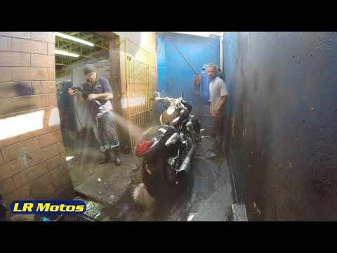 LR Motos   Lavagem de Moto Especializada da Suzuki Boulevard M 1500 Preta   9245