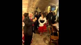 preview picture of video 'Il gruppo Maccabbarri durante la Rottura della pignatta a Penne'