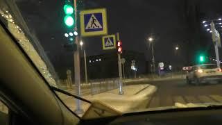 Развороты или повороты осуществляем относительно БЕЗОПАСНЫХ ДЕЙСТВИЙ на перекрестках.