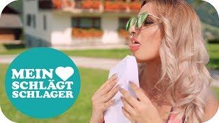 Musik-Video-Miniaturansicht zu Die Nachbarin Songtext von Melissa Naschenweng