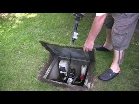 Brunnenbohren von Hand mit Kiespumpe nach 4 Jahren.
