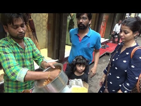 Kolkata Masala Muri 10 Rs & Bread Toast 20 Rs | Most Tastiest Chatpati Bengali Snacks Item Ever