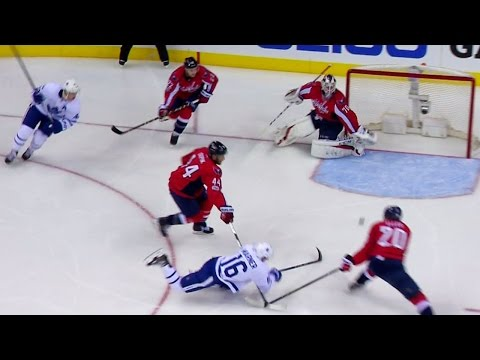 Gotta See It: Marner opens scoring with diving goal past Holtby
