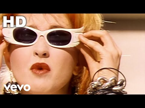 Cyndi Lauper - Girls Just Want To Have Fun [Pi] video
