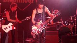 Joan Jett and the Blackhearts 6.26.09 I Love Playing With Fire