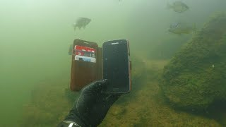 Found 10 iPhones, 2 GoPros, Gun and Knives Underwater in River! - Best River Treasure Finds of 2017 - Video Youtube