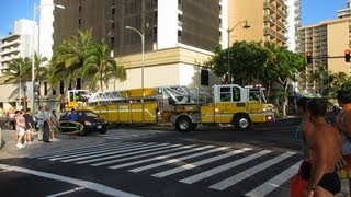 preview picture of video 'Honolulu Fire Department @ Kalakaua Ave & Uluniu Ave Waikiki Honolulu Oahu Hawaii'
