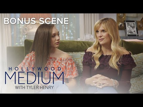 Melissa Gisoni Gets Closure From Late Mother | Hollywood Medium with Tyler Henry | E!