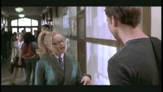 Trailer of Legally Blonde (2001)