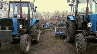 Рабочие будни хозяйства СельхозТехникаТВ: боронование, озимая, ремонт комбайна.