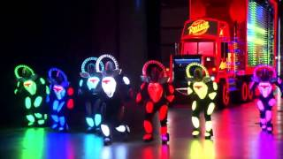 Disneyland Resort - The Pain The Night Parade - Cars Crew Full Choreography Loop