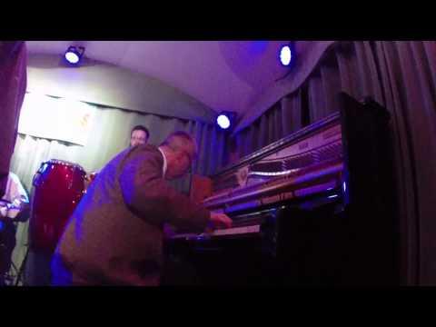 Stompy Jones -LIVE- (San Francisco Rhythm & Boogie)