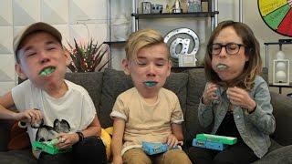 Marcus & Martinus - Chubby Bunny Challenge W/ Easter Peeps! | What's Trending Original