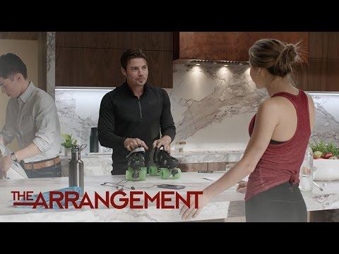 Kyle West Reveals His Hidden Talent | The Arrangement | E!