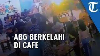 VIDEO VIRAL Saling Siram Air Es, Dua ABG Purwokerto Berkelahi di Kafe