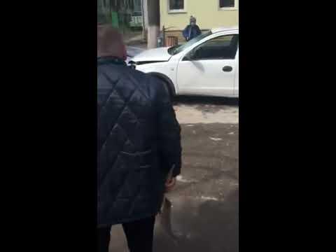 Дорожный конфликт с применением лопаты в Кишиневе