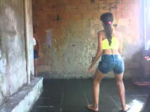 Meninas dançando bonde das maravilhas [2:22x240p]