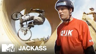 The Loop ft. Tony Hawk & Mat Hoffman (2001) | Jackass