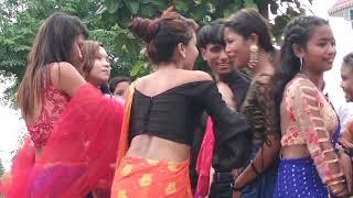 New tharu wedding dance chitwan padampur // Dance by vojpuri song.