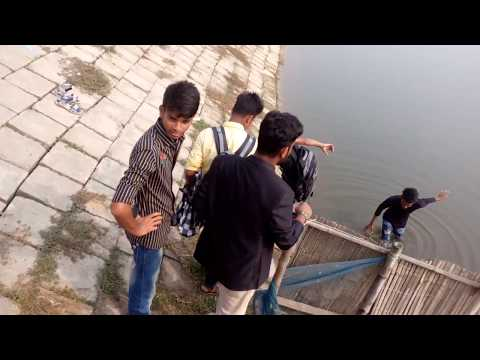 panir modde guptodon new funny video by bekar bangali