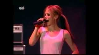 Avril Lavigne - Freak Out (live in Madrid, Spain) 9.07.2004
