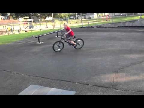 Dakota @ Waverly Skate park