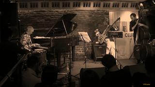 "Sendersky/Kondakov/Brandao/Semenishev - ""Insensatez (How Insensitive)"" (Antônio Carlos Jobim)"
