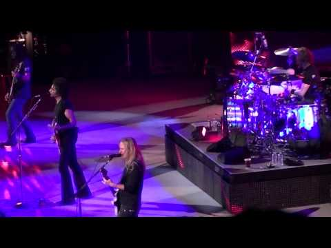 Alice in Chains - Last of My Kind - Live Key Arena Seattle,WA (10/8/2010) FULL HD