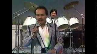 """Video thumbnail of """"LOS FREDDY'S DE ARTURO CISNEROS - Que Te Pasa Corazon"""""""