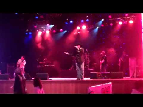 Boots On - Wildhorse Saloon 4-19-11