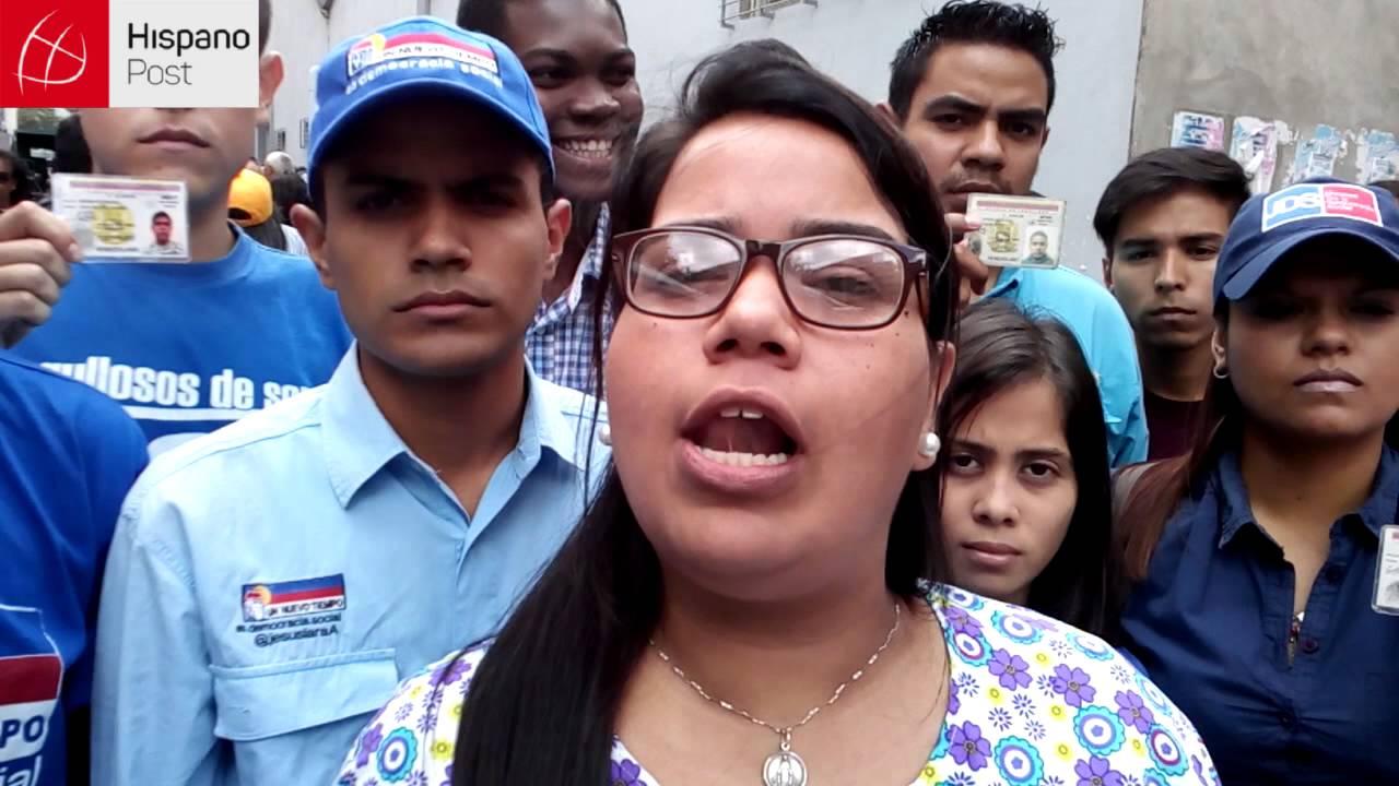 Largas colas en el segundo día de validación de firmas contra Maduro