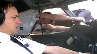 Air Crash Investigation Blowout S02E01 HD