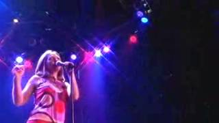 Saint Etienne Heart Failed in the Back of a Taxi (live 2000)