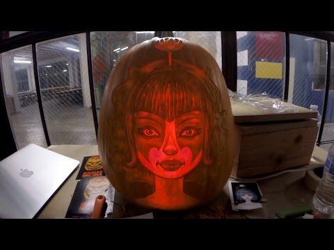 How A Professional Artist Carves A Pumpkin