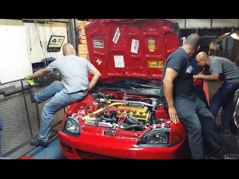 Der Brennstoffschlauch das Ausfließen des Benzins