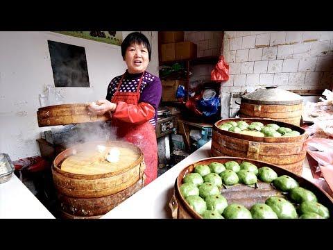 Incredible CHINESE FOOD in Ancient WATER TOWN + Gondola Ride & Gardens  | Tongli, China