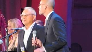 Pink Martini, Zundoko-Bushi feat. Timothy Nishimoto