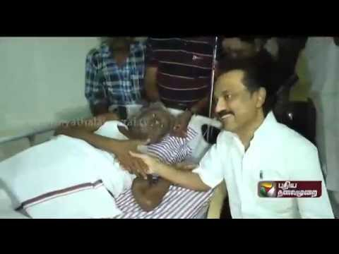 Stalin-visits-party-speaker-Theepori-Arumugam-at-the-hospital-and-provides-him-financial-assistance