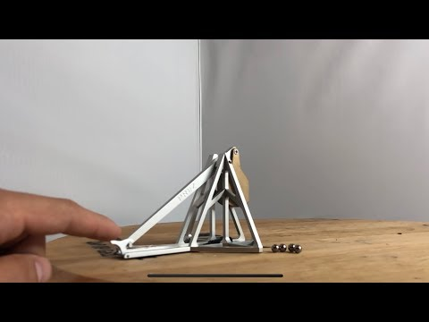 I heard you guys like mini bear traps... So I made a mini catapult