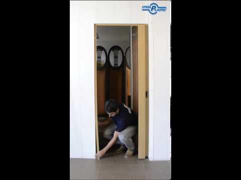 Instalación de una puerta plegadiza de PVC